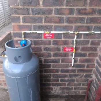 Dual-gas-installation-at-Geduld-Springs0004