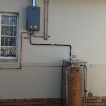 Gas-Geyser-installation-in-Gerrit-Maritz-Street007