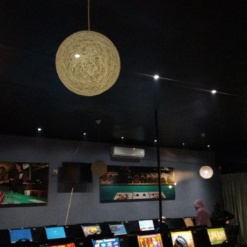 Electrical-Installations-Vegas-internet-lounge-in-Selcourt05