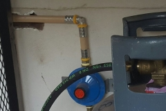 Electrical Installations installed a 9kg gas bottel in a cage on a Elba gas stove in Camelia street Brakpan 03